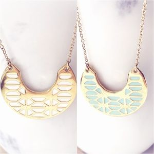 Two sided gold necklace